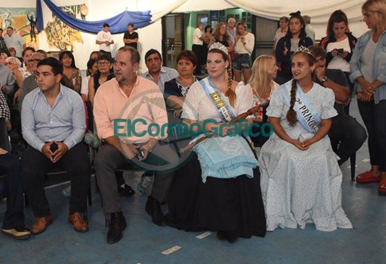 El Municipio reconoció al Centro Residentes Santiagueños 01