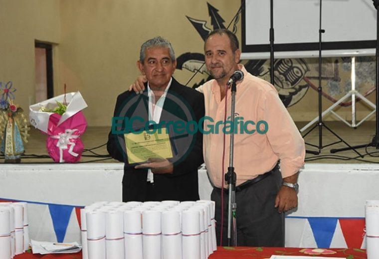 El Municipio reconoció al Centro Residentes Santiagueños 03