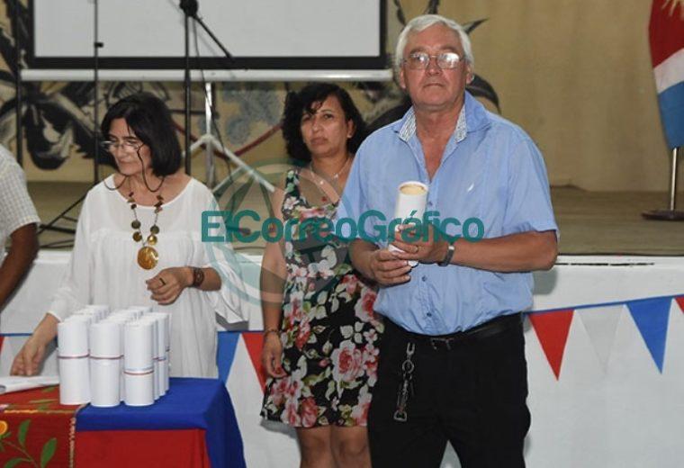 El Municipio reconoció al Centro Residentes Santiagueños 06