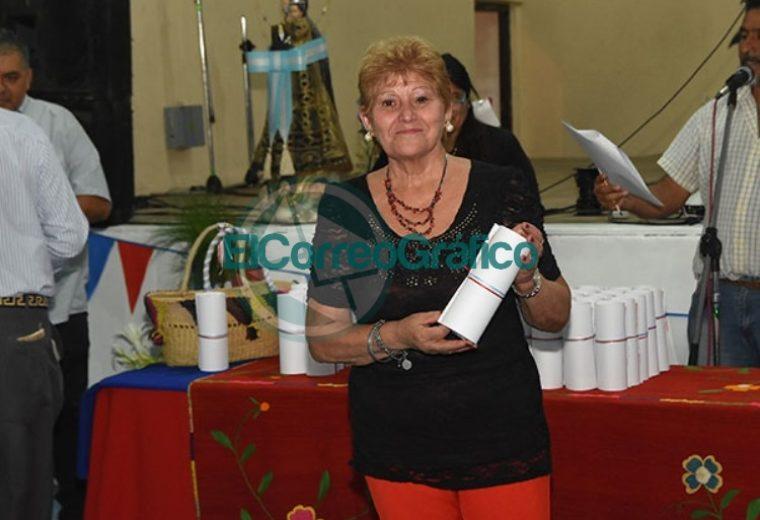 El Municipio reconoció al Centro Residentes Santiagueños 08