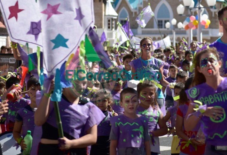 """Más de tres mil chicos disfrutaron de la colonia municipal de verano en """"La Repu"""" 03"""