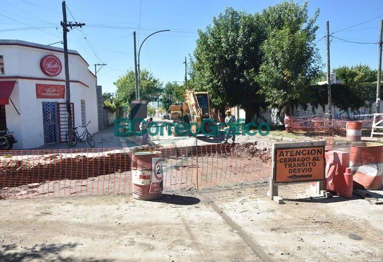 Progreso de bacheo sobre calle 164 de Berisso 02