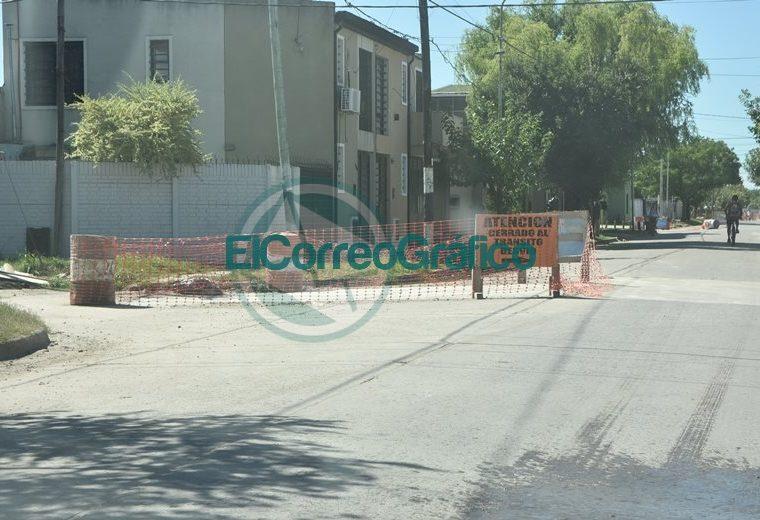 Progreso de bacheo sobre calle 164 de Berisso 03