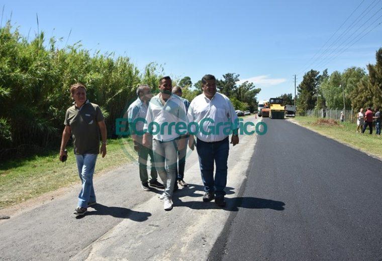 Trabajos de bacheos sobre Ruta 15 desde calle 52 hasta el Camino Real 02