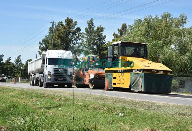 Trabajos de bacheos sobre Ruta 15 desde calle 52 hasta el Camino Real 03