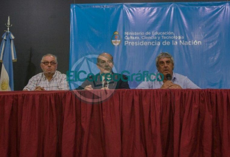 el-gobierno-recibi-a-sindicatos-nacionales-de-docentes_47139501241_o
