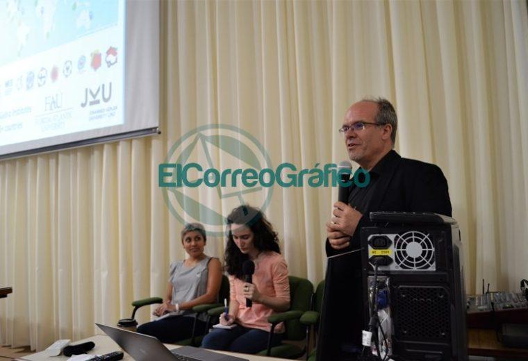 Disertación de Zsolt Lavicza en Ingeniería