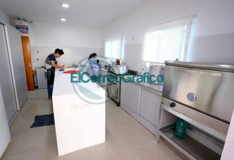 Secco inauguró el ciclo lectivo en el distrito de Ensenada 06