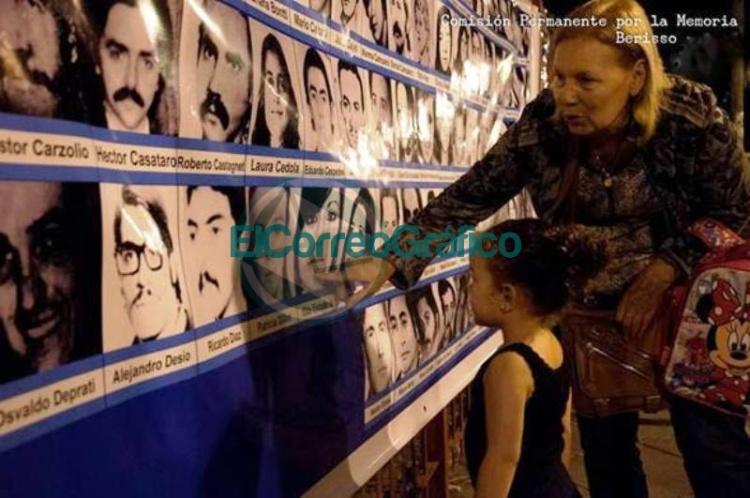 Vigilia por el 43° aniversario del Golpe del 76 en el Parque Cívico 0
