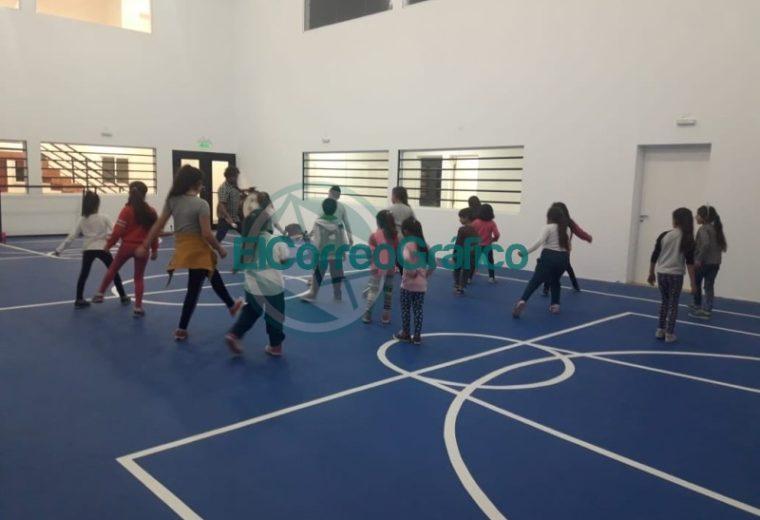 Clases y talleres en el Centro Cultural y Polideportivo Municipal de El Carmen2