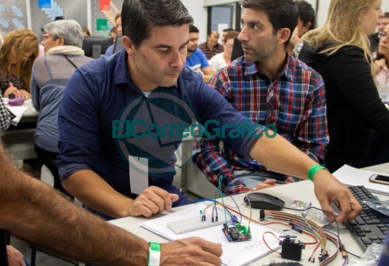 La Escuela Técnica se forma en Saberes Digitales 03