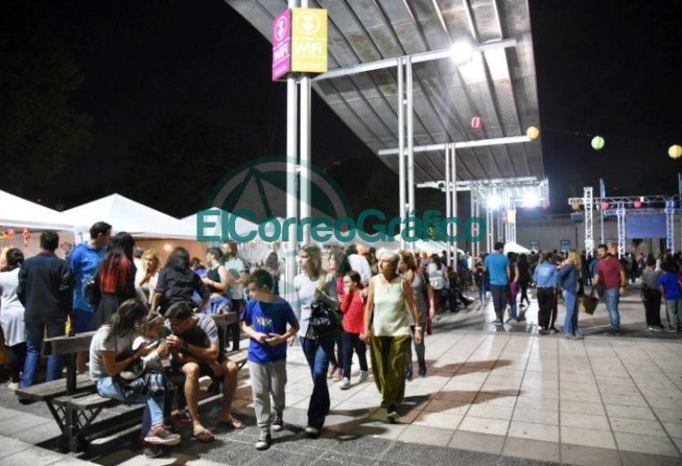Más de 30 mil personas celebraron el encuentro 'Japón Vive' en Plaza Malvinas 04