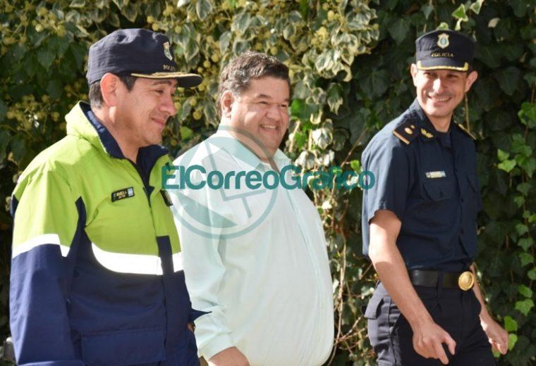 Nedela paseó por El Carmen junto a los comisarios locales 01