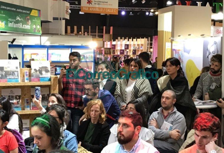 Cincotta se paseó por la Feria del Libro defendiendo la Educación Sexual Integral 4