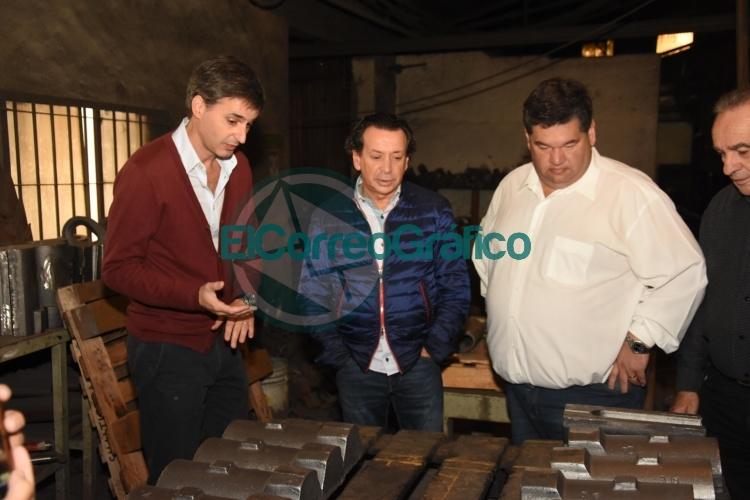 El ministro Sica y el intendente Nedela visitaron las instalaciones de empresas 1