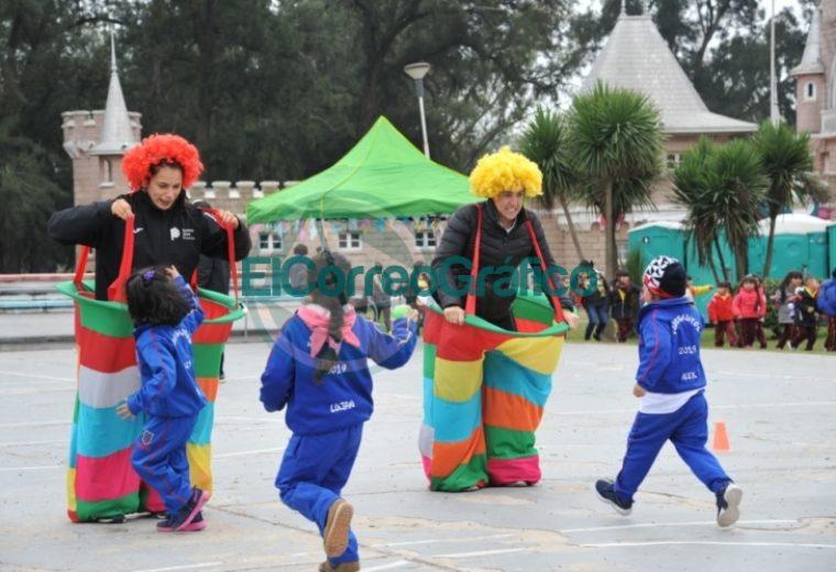 Festejos por el día de los Jardines Infantes y sus maestras en el República de los Niños 1