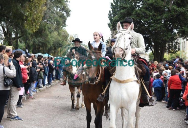 Los vecinos de Villa Elisa celebraron los 131 años de la localidad 08