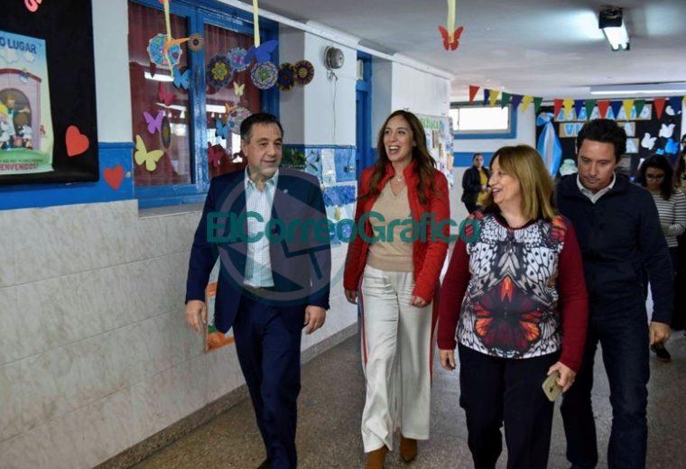 Vidal visitó una secundaria de La Mantaza por ser el establecimiento 5000 en conectividad 02