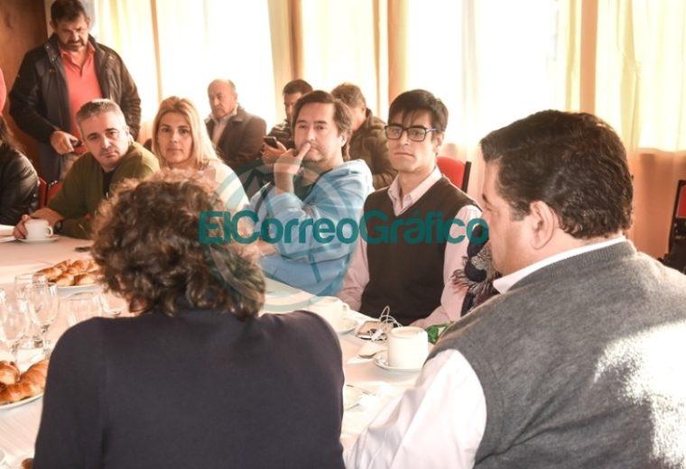 El intendente Jorge Nedela saludó a los periodistas en su Día 5