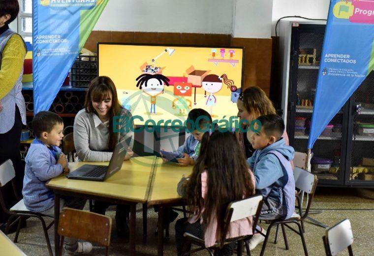 Por primera vez llega la alfabetización digital al Nivel Inicial 04