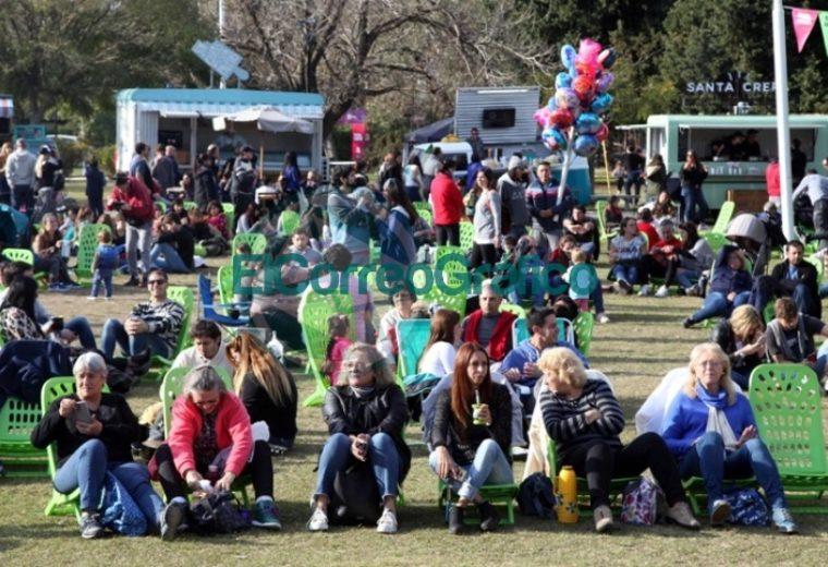 """Una multitud disfrutó en City Bell de la segunda edición de """"FLAP! Festivales La Plata"""" 02"""