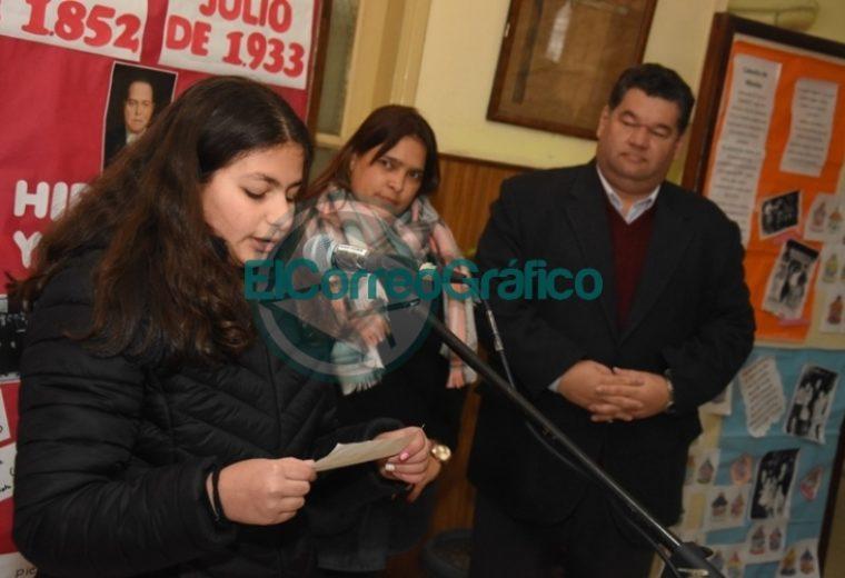 Acto por el 86º Aniversario del fallecimiento de Hipólito Yrigoyen en su escuela homónima en Berisso 1