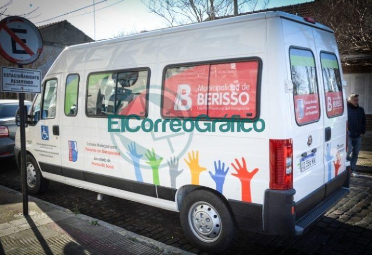 Adquisición de una combi para transportar personas con movilidad reducida en Berisso 1