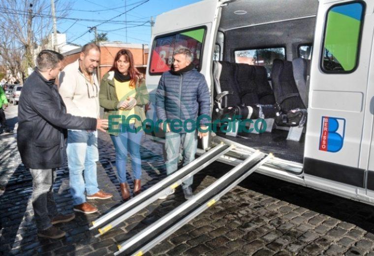 Adquisición de una combi para transportar personas con movilidad reducida en Berisso 3