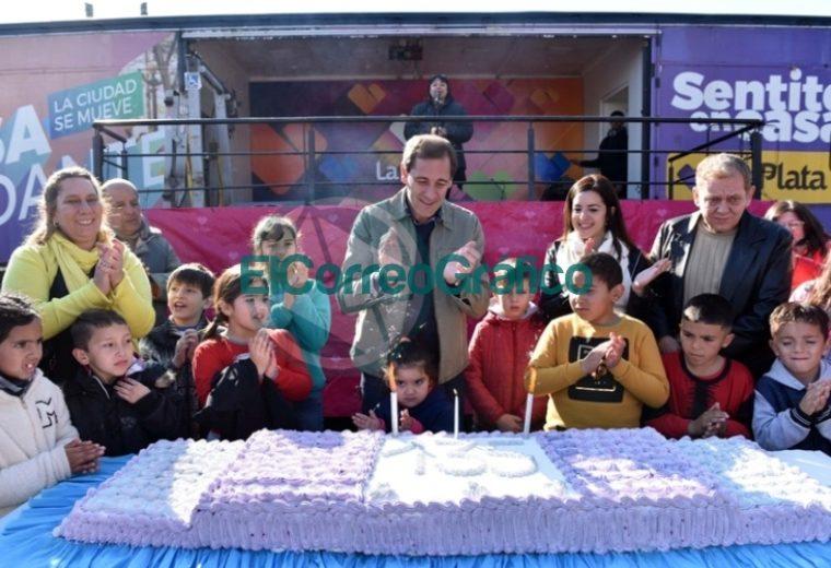 Con un colorido festejo, Melchor Romero celebró su 135° aniversario 1