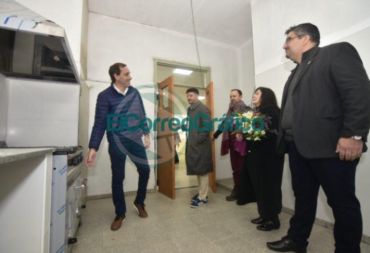 Garro inauguró el nuevo edificio de la Escuela Secundaria Nº 43 02