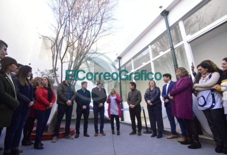 Garro se paseó por el nuevo edificio del Jardín Maternal Nº 3 01