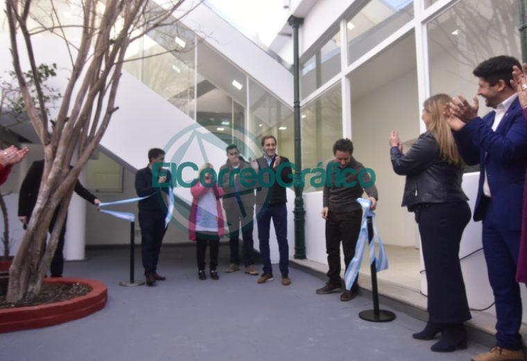 Garro se paseó por el nuevo edificio del Jardín Maternal Nº 3 03