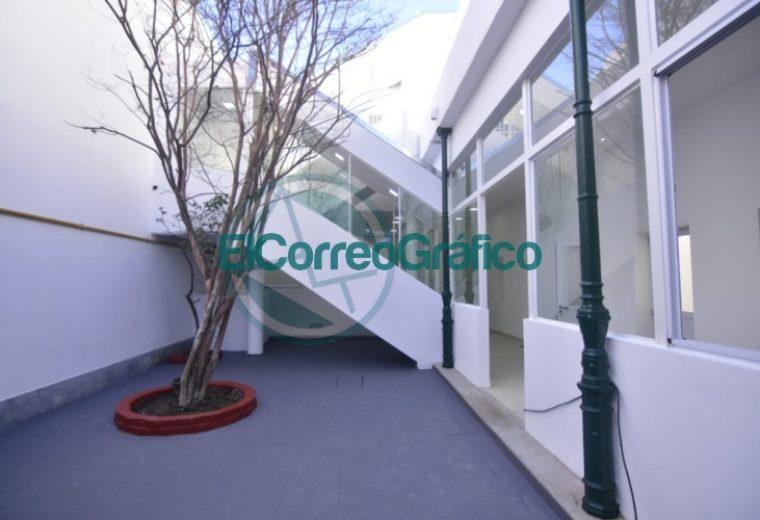 Garro se paseó por el nuevo edificio del Jardín Maternal Nº 3 04