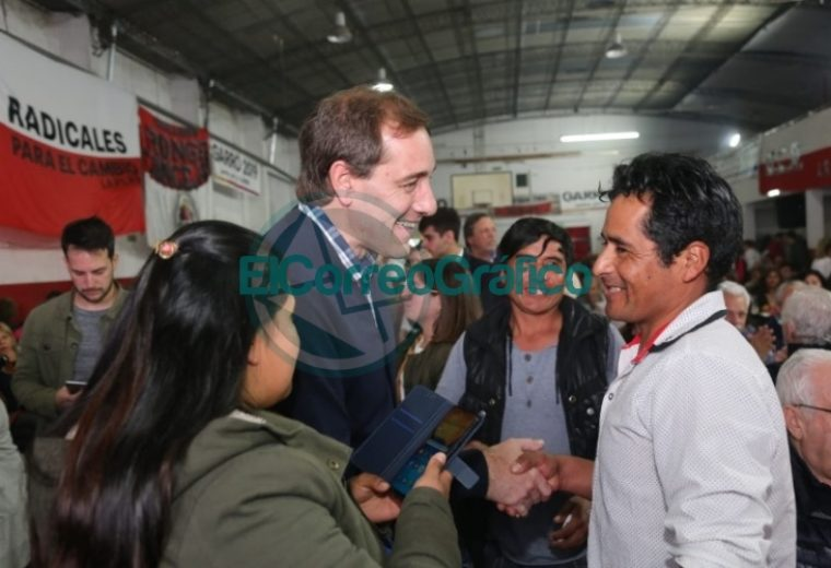 Garro y Salvador en acto del radicalismo de La Plata 2