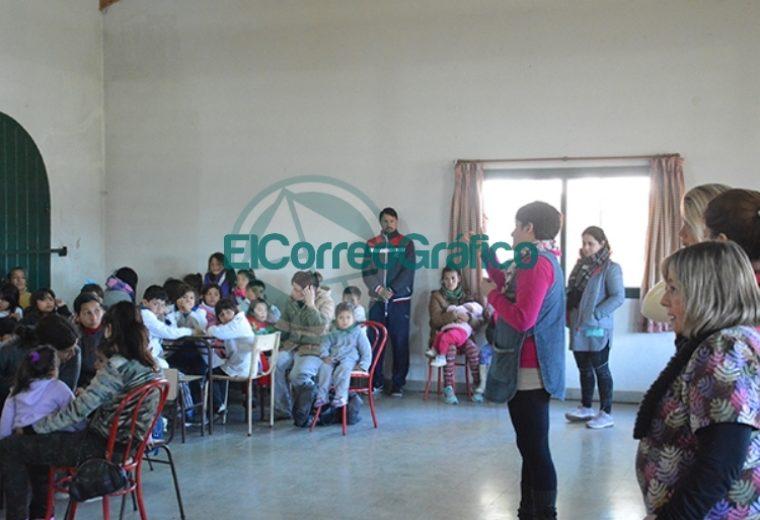 """""""Sonrisas Responsables"""" trabajó en la Escuela Nª 4 de Barrio Obrero 4"""