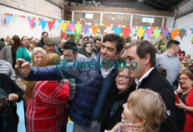 Garro celebró el Día del Abuelo en el Club Unión Vecinal 2