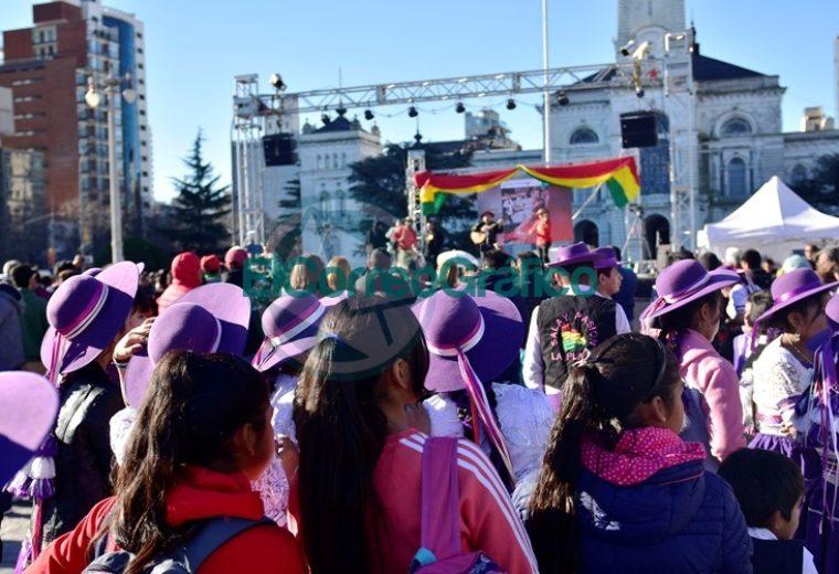 La Plata celebró los 194 Aniversario de la Independencia de Bolivia 1