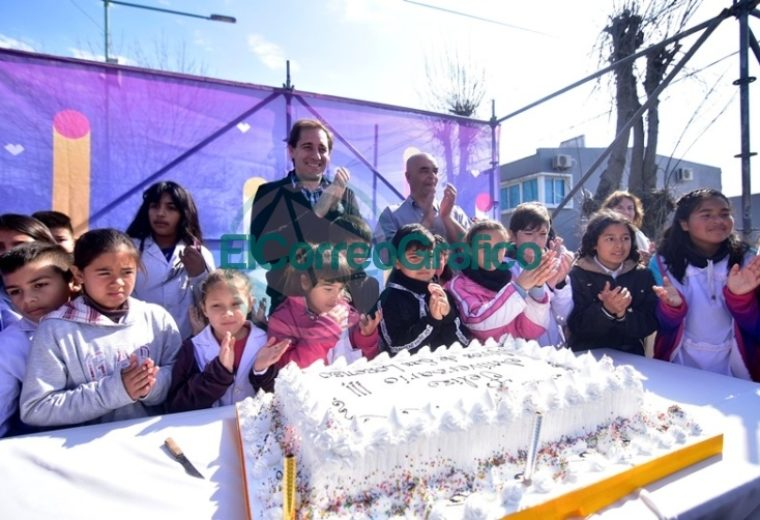 Los vecinos de Altos de San Lorenzo festejaron los 27 años de la localidad 11