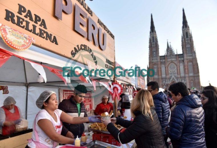 """Más de 75 mil personas celebraron """"Perú Vive"""" en Plaza Moreno 4"""
