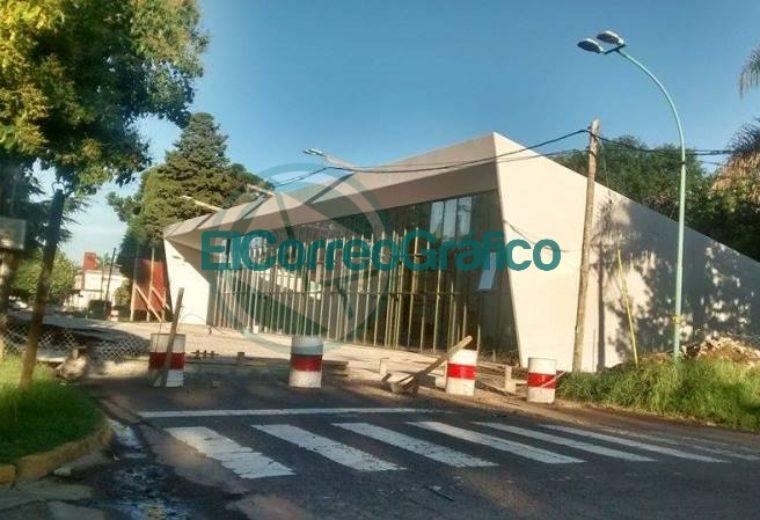 Monumento a la Bandera Bonaerense Capitán Sarmiento PBA 1