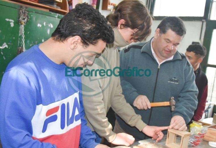 Nedela con Sánchez Zinny visitaron la Escuela 501 del Barrio Obrero 03