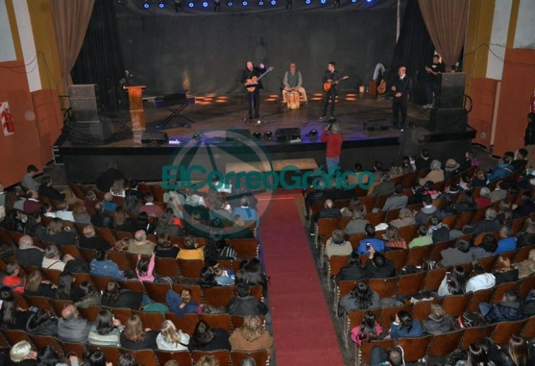 Teatro Municipal Cine Victoria volvió a abrir sus puertas 02