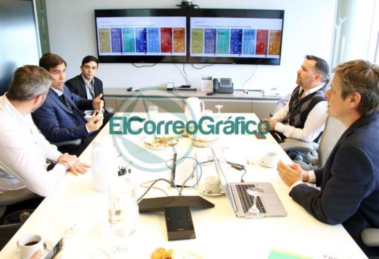 El ministor de Producción bonaerense Javier Tizado recorrió el centro YTec en Berisso 1