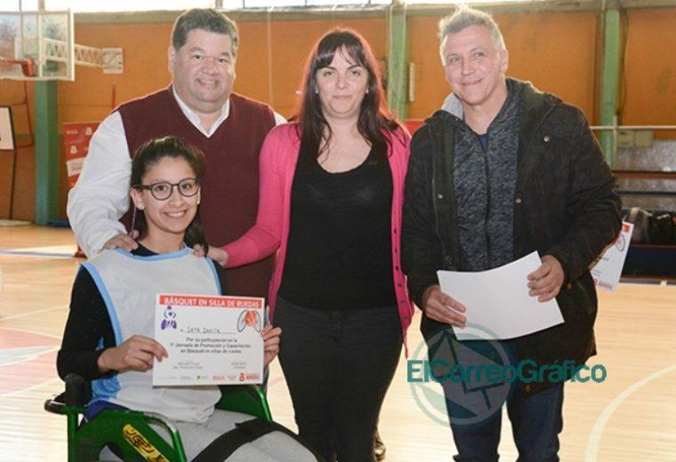 Gran asistencia en la jornada de promoción y capacitación de básquet sobre silla de ruedas en Berisso 03