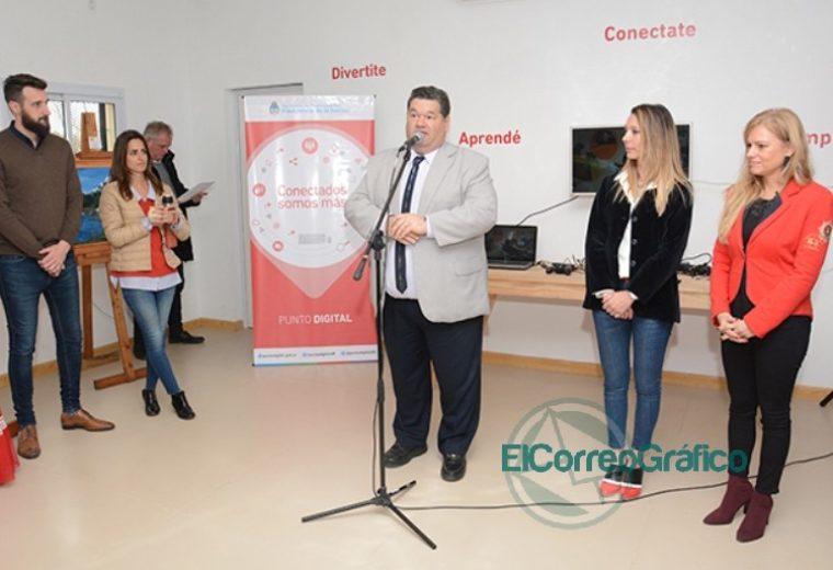 Nedela junto a vecinos del barrio El Carmen, inauguró el Centro Cultural y Polideportivo 2