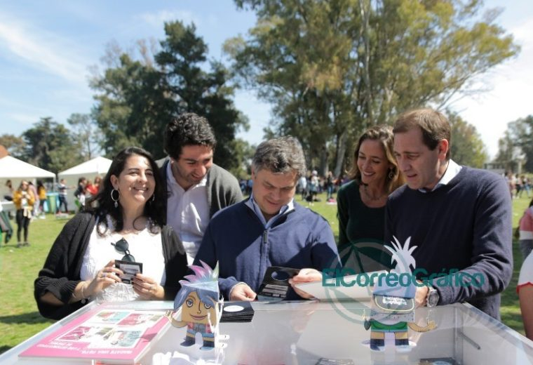 Seis mil chicos participaron del encuentro de 'Envión Sos Vos' en la República de los Niños 02