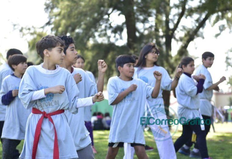 Seis mil chicos participaron del encuentro de 'Envión Sos Vos' en la República de los Niños 08