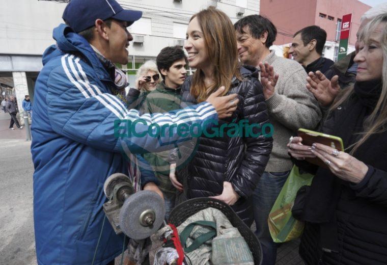Vidal estuvo en un hospital de Junín y dialogó con vecinos 3