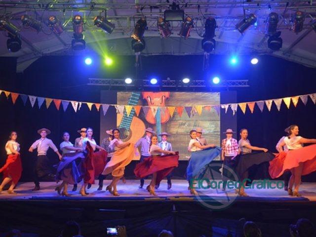Segundo fin de semana exitoso de la Fiesta Provincial del Inmigrante en Berisso 4