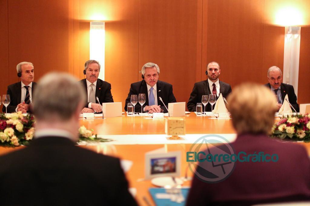 Fernández se reunió con la canciller alemana, Angela Merkel 2